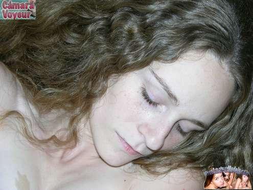 Masturbandose en el videochat x porno - foto 5